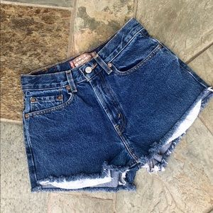 Levi's | 569 Cutoff Denim Shorts